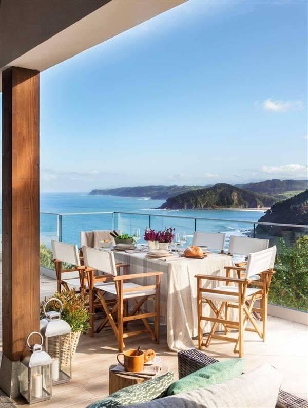 Muebles de exterior con fondo marino
